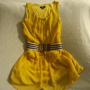 Yellow summer dress w/belt